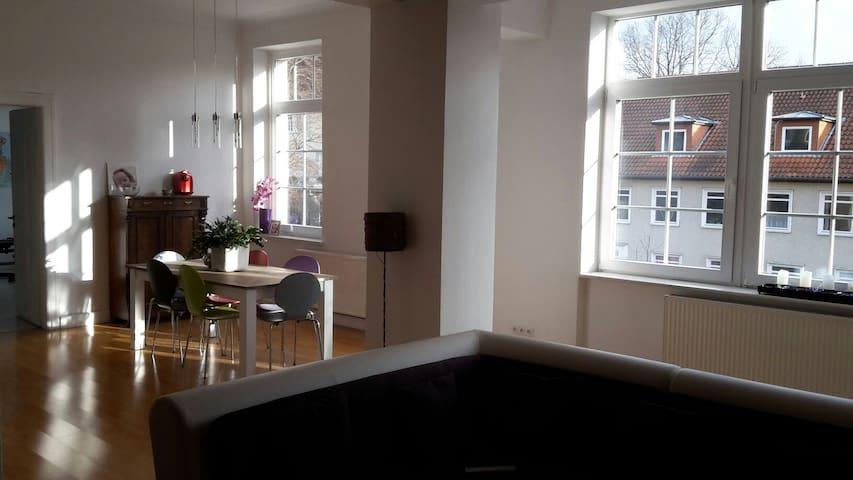 Charmante offene Altbauwohnung - Hameln  - Appartement