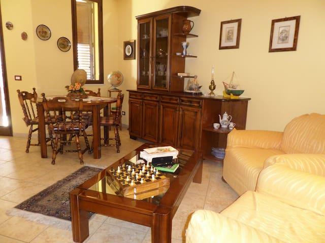 Accogliente casa a Casteldaccia - Casteldaccia - Şehir evi