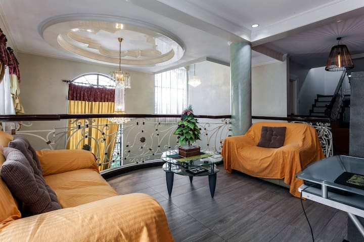 Private Room in Las Piñas near NAIA Terminal 1 - Manila
