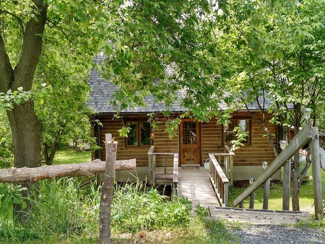 Late Sunrise Cottage - Calabogie - Casa
