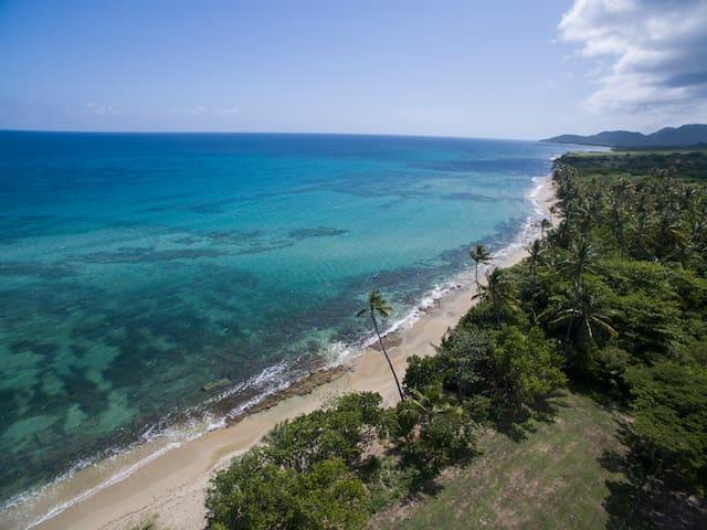 5 Acre Paradise on Caribbean Sea - Vieques