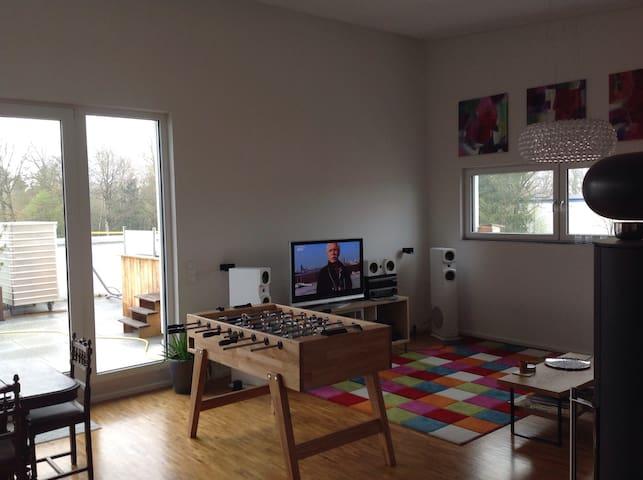 Penthouse Zimmer mit top Anbindung - Hohenbrunn - Loft