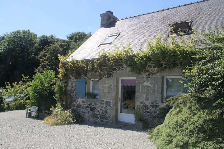 cottage tout confort - Lohuec - Casa