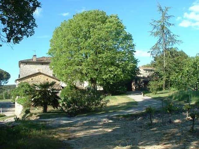Studio indépendant près d'Anduze, Cévennes - Tornac - Daire