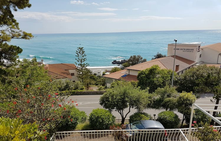Terrace sea view to remember - Scalea - Appartement