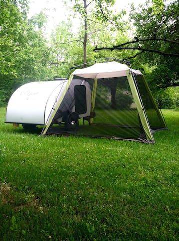 Cozy Teardrop in the Finger Lakes - Odessa - Camper