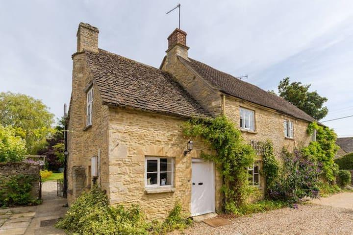 Cotswolds Cottage in Langford  - Langford - Ev