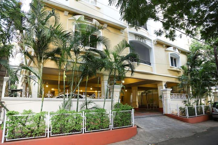 Banjara Hills,Road twelve,boutique apart 2400 sft - Хайдарабад - Квартира