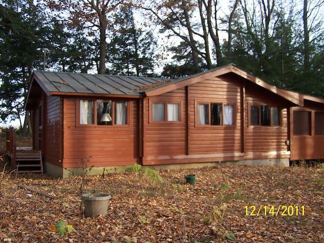 Cedar Log Cabin on Lake Champlain - Alburgh - Hytte