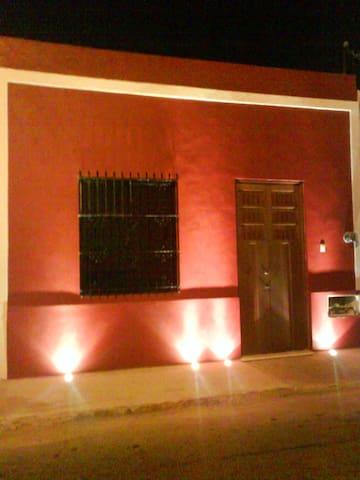 Beautiful House in Mérida´s heart - Mérida - Hus