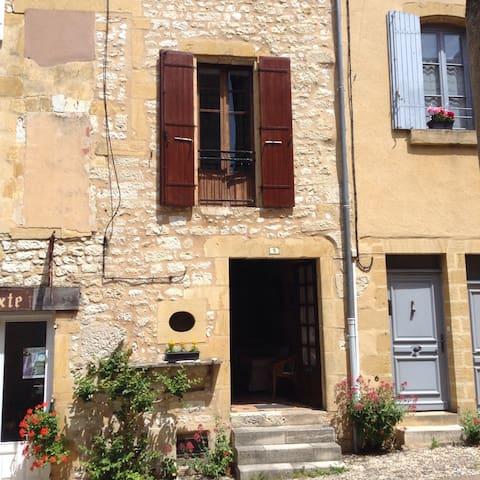 Chez Laraine - Restored Medieval village house - Monpazier