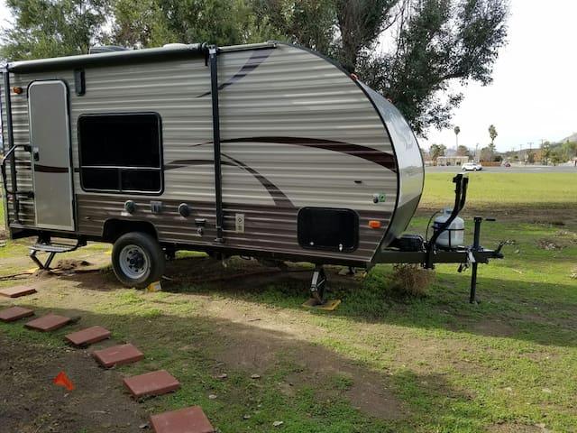 Horse Property in Winchester CA - Winchester - Kamp Karavanı/Karavan