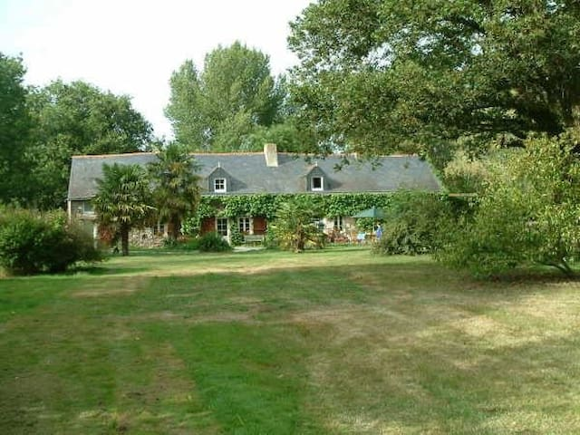 100 m2 appartment - DOGS Welcome - La Chapelle-Launay - Lägenhet