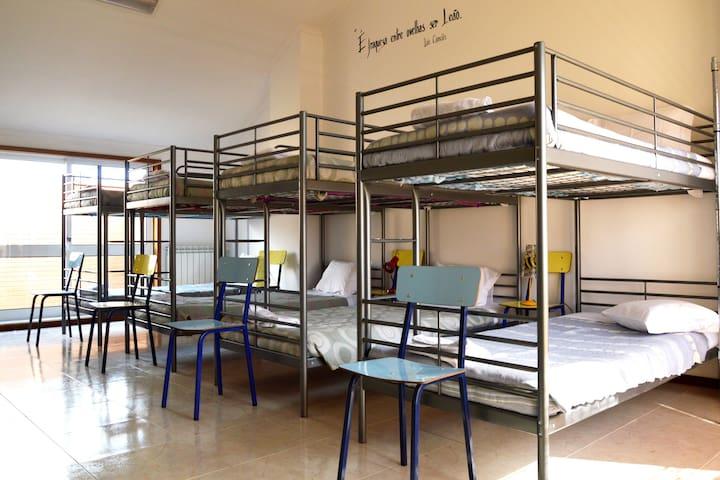 Dormitório para 8 hóspedes. - Espinho - Casa