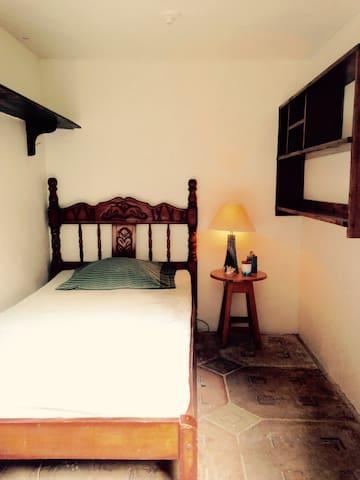 La Cava - private single bed room - Кепос - Другое