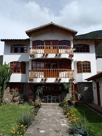 Twin Room with Mountain View - Písac - Bed & Breakfast