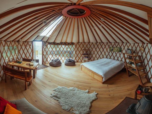 Stunning views from warm cosy yurt - Motueka Valley - Jurtta