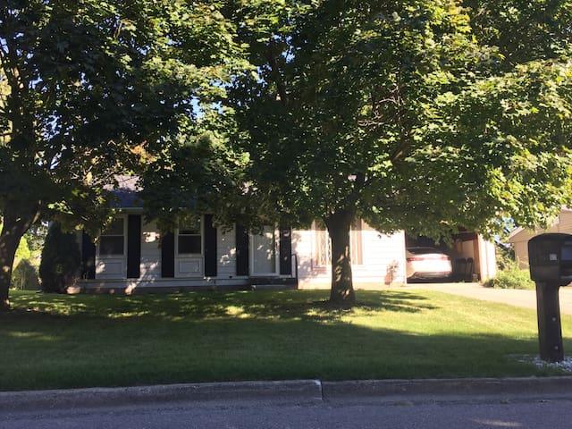 Simple home in Mt. Pleasant, MI - Mount Pleasant