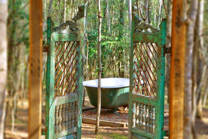 Romantic Getaway- Treetops Cottage - Pokolbin - Cabaña