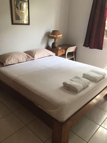 Tuihei Lodge room 1 avec transferts - Faaa - Casa