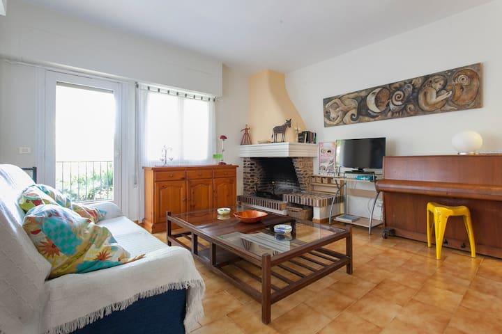 House in green and sunny La Drova - La Drova, Barx - Casa