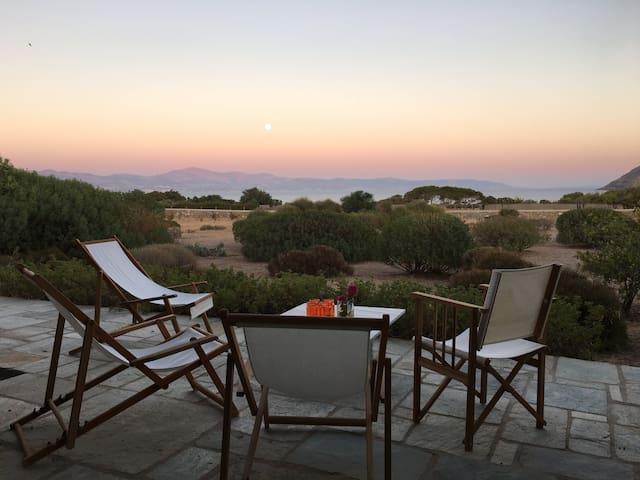 Stylish sea view villa - Isterni