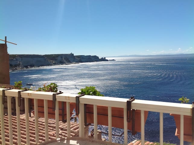 Superbe vue sur falaises+breakfast - Bonifacio - Bed & Breakfast