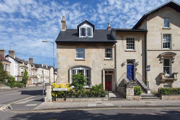 Spacious luxury flat on iconic Eldon Square - Reading