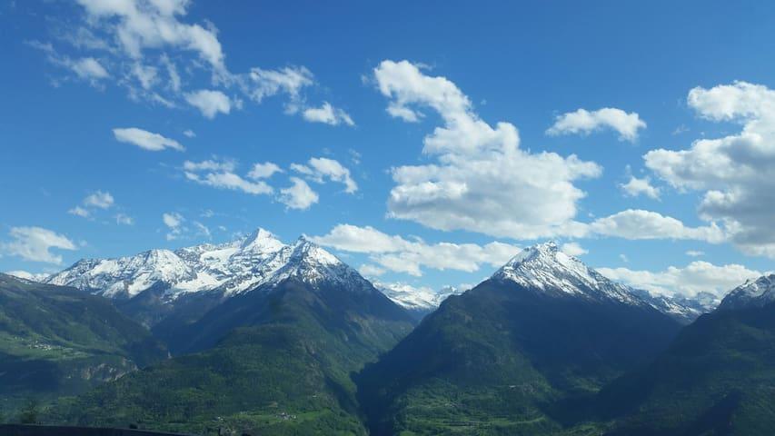 Case/ Alloggi vacanza Vermian - Valle d'Aosta - Maison