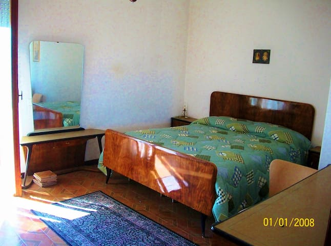 double room - Montopoli di Sabina - Rumah