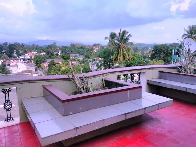 Kandy mountain view room - Kandy - Apartament