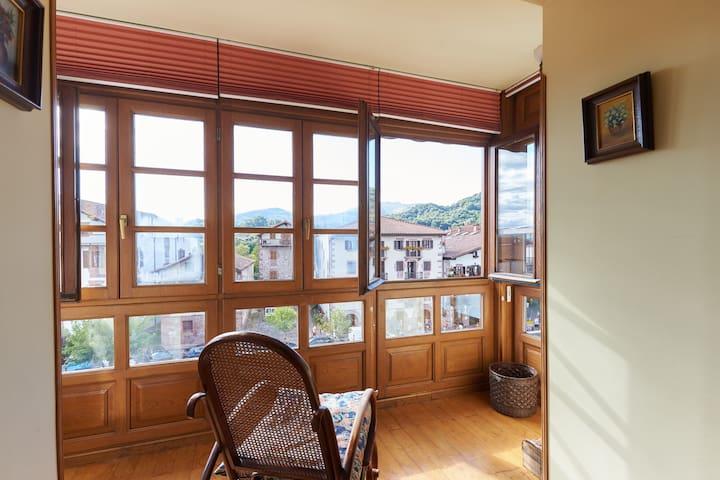 Airy apartment in a charming spot in Elizondo - Elizondo - Condo