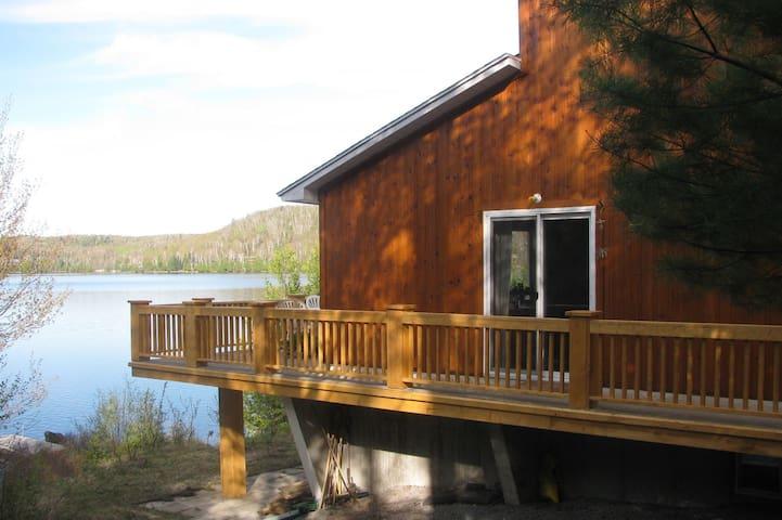 Le chalet du lac - Entrelacs - Hytte (i sveitsisk stil)