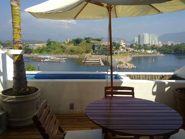 Incredible apartment in Porto Ixtapa private condo - Zihuatanejo - Appartement
