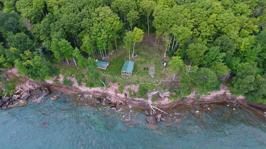 The Love shack! On the Love Lot! On Lake Superior! - Marquette - Hytte