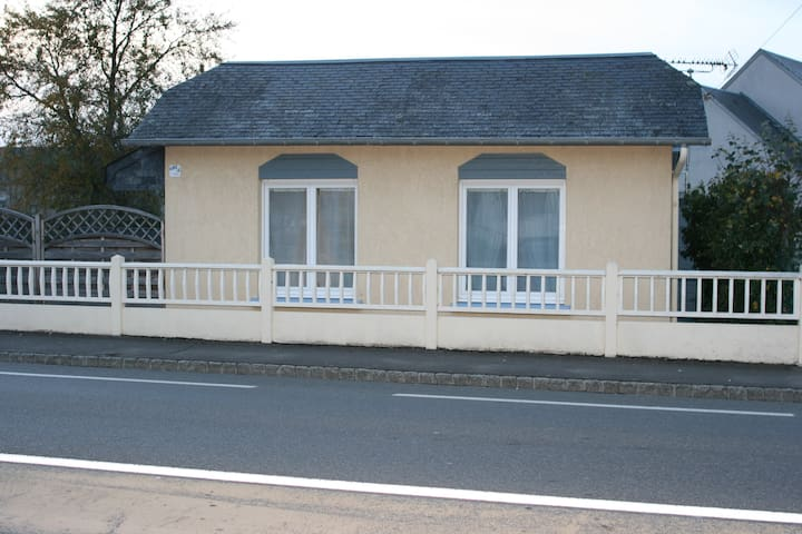 La Doris MAISON BORD DE MER - Saint-Pair-sur-Mer