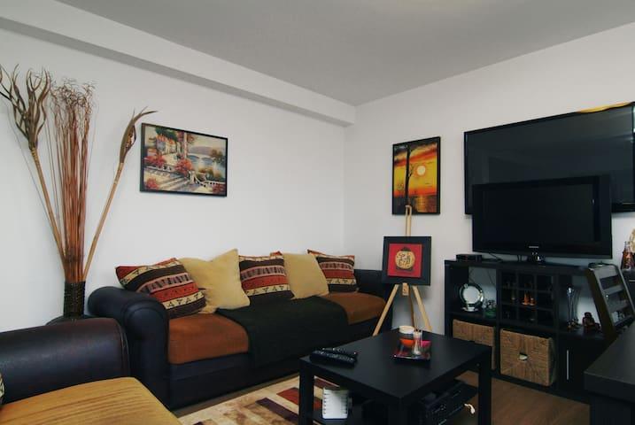 Corner room in the northern suburbs - Balotești - Bed & Breakfast