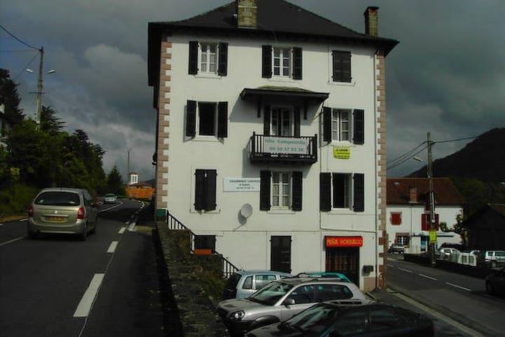 Gîte Compostella ST J P DE PORT 101 - Saint-Jean-Pied-de-Port - Lägenhet