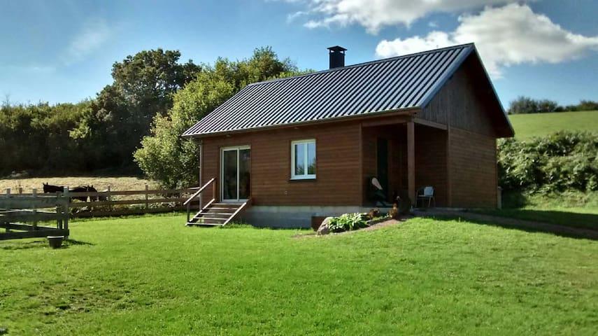 Chalet parc régional du Morvan - BRIZON  - House