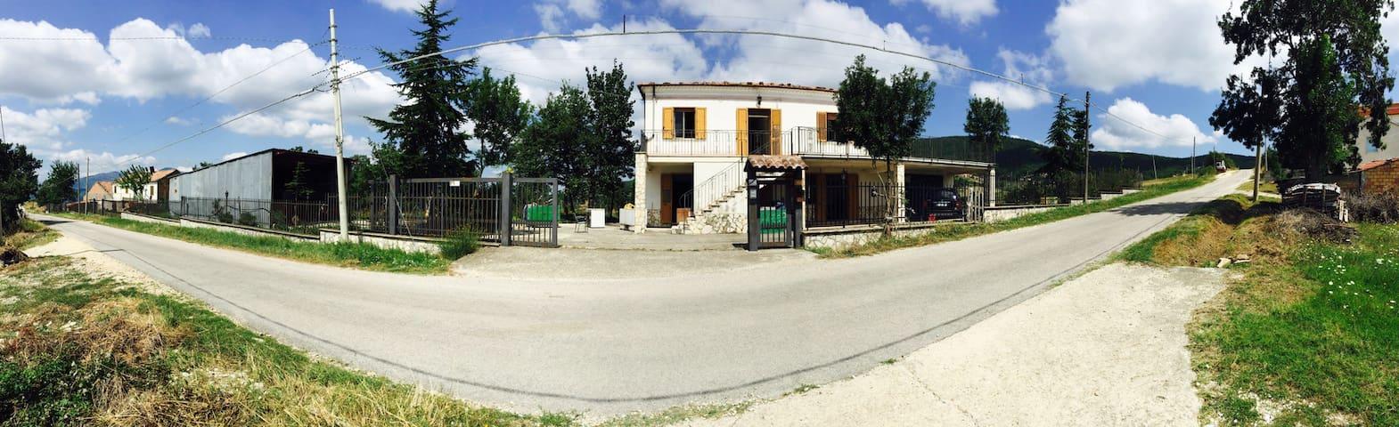 Villino in collina con frutteto - Pontoni II - Villa