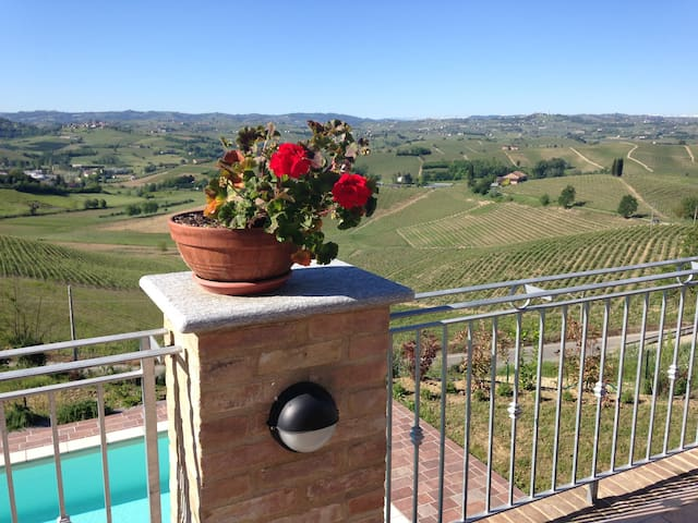 LOVELY APARTMENT Castelnuovo Calcea, Piemonte - Toetto - Appartement
