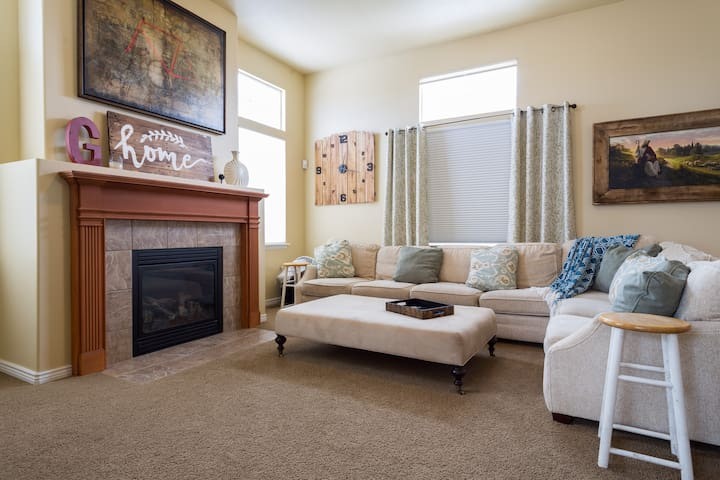 Cozy private bedroom - Spanish Fork - Ház
