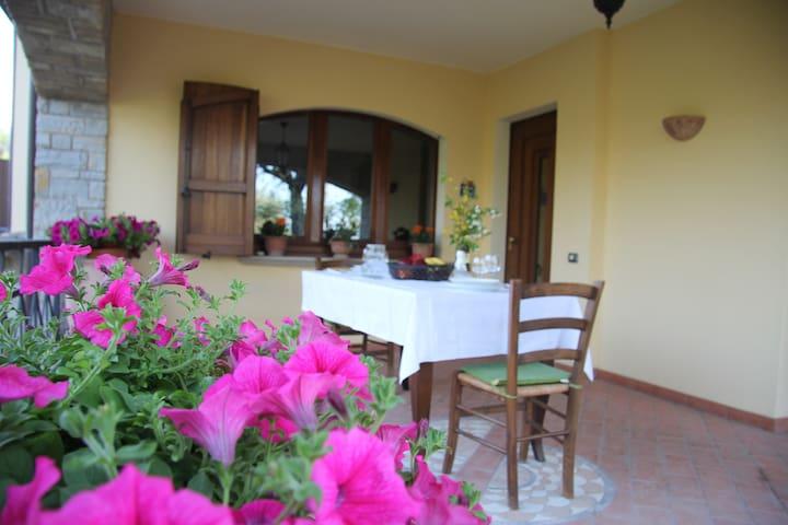 Villa Col Paradiso a Nocera Umbra - Nocera Umbra - Casa