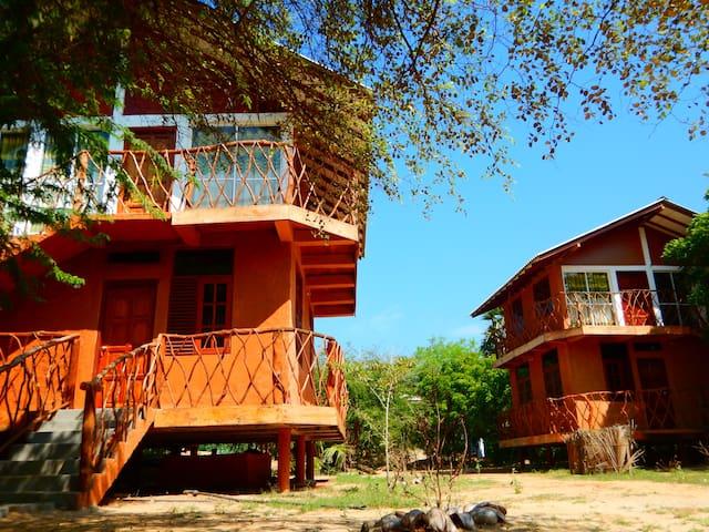 Sarada Beach Resort - Deluex Cabana & Yala Safari - Tissamaharama