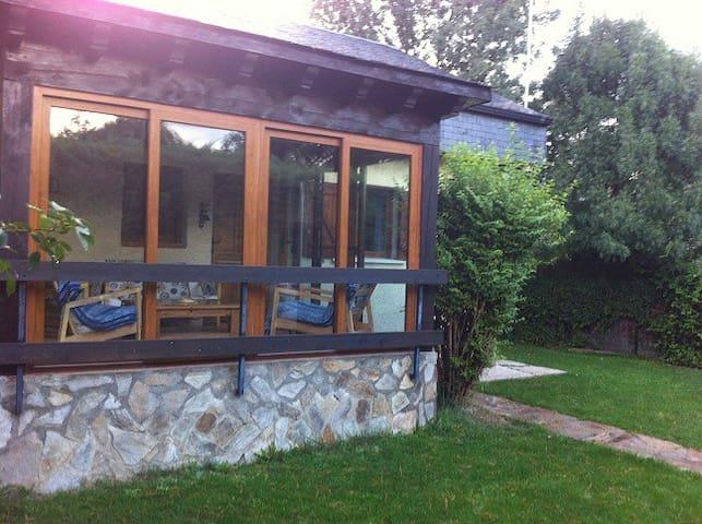 casita de campo en el parque natural de peñalara - Los Grifos - Casa