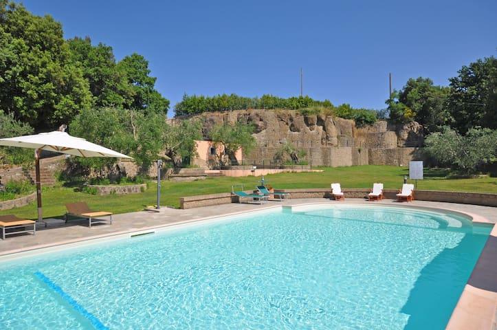 Pitigliano - Ortensia 6, sleeps 2 guests in Sovana - Pitigliano - Huoneisto