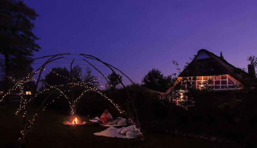 Altes Landhaus Oste / Old thatched cottage - Hemmoor - Huis