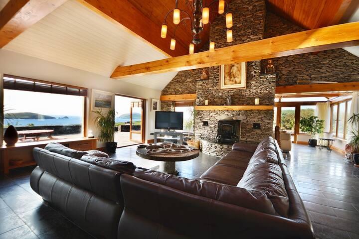 WILD ATLANTIC VIEW - Amazing views - HOT TUB! - Carhoo - Ev