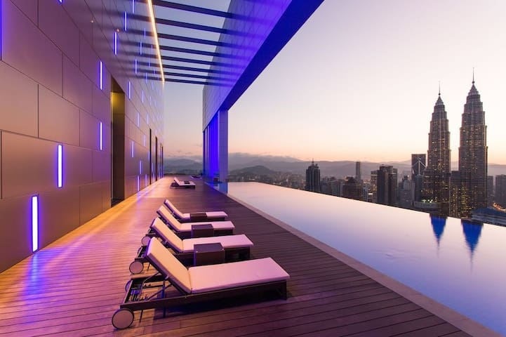 The Face Suites- The best Swimming pool in KL - Kuala Lumpur