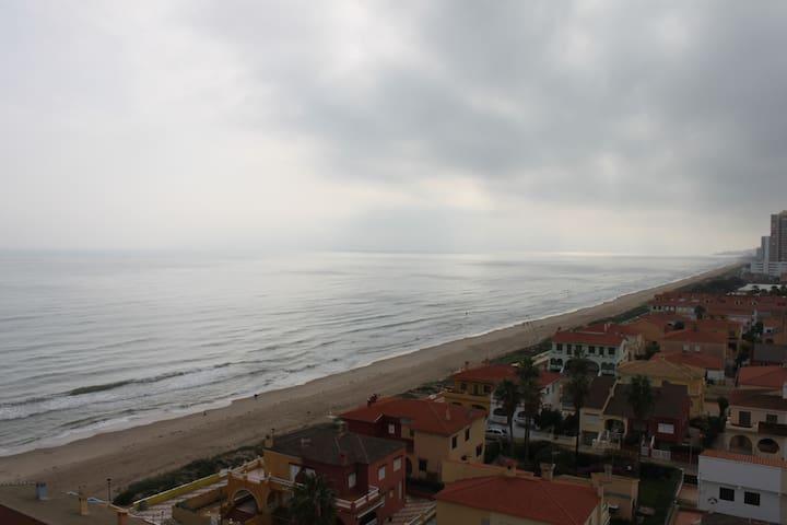 ALQUILO APARTAMENTO PLAYA VALENCIA - Playa del Rey - Byt